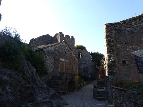 village-couvertoirade